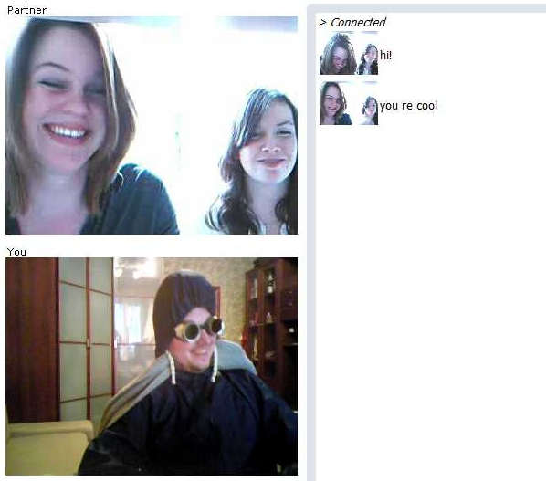 ChatRoulette Screenshot: Happy girls